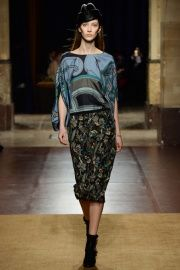 Hermès Fall 2014 RTW - Review - Fashion Week - Runway, Fashion Shows and Collections - Vogue  SKIRT!!