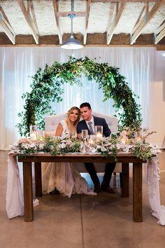 Wedding couple table - Sweetheart table backdrop - Sweetheart table wedding - Orlando wedding ve - Wedding Civil Wedding, Farm Wedding, Dream Wedding, Wedding Head Tables, Wedding Photo Table, Bridal Table, Wedding Dj, Wedding Venues, Wedding Ideas