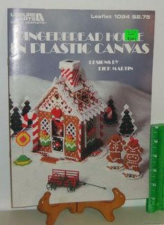 Plastic Canvas Crafts 1987 Needlepoint Pattern Leaflet #1094 Gingerbread House