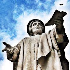 Statua di Francesco Datini, Piazza del Comune, Prato [ original pic @silvia_alessandra ]