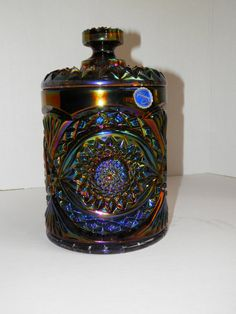 Vintage Carnival glass Hobstar cracker/cookie jar sometimes called a tobacco jar Made by Imperial Glass this dates between 1950-1960    This is