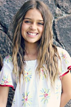 Tween Girl Haircuts, Children Haircuts, Blonde Kids, Braces Girls, Cute Little Girl Hairstyles, Flamingo Dress, Freckles Girl, Little Girl Models, Teen Girl Poses