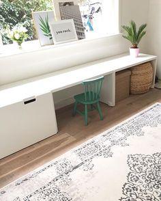 ― Instagirlonabudgetさん( 「Van de week vroeg mij of ik nog een tip had voor een mooi vloerkleed. Ikea Stuva, Ikea Kids, Kid Desk, Toy Rooms, Kids Corner, Kid Spaces, Home Living Room, Girls Bedroom, Room Inspiration
