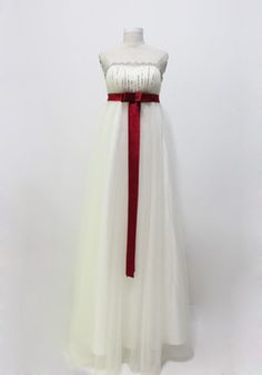 A-Line Princess Strapless Tulle Sequined Snow White Wedding Dresses With Red Sash