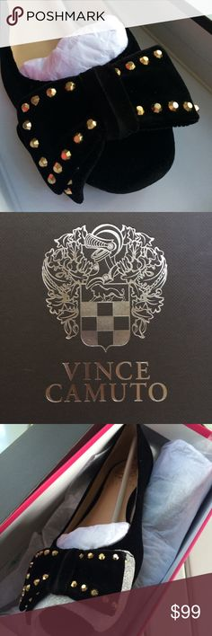 e8a8294b0726d Vince Camuto Designer Studded Ballet Flats Size 6