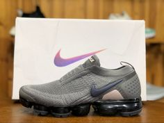 New Releases Nike Air Vapormax MOC Authentic Mens Snekaers Gray Black Flyknit. Nike Vapormax Flyknit, Nike Shox, Nike Air Max Mens, Nike Air Vapormax, Air Max Sneakers, Adidas Sneakers, Nike Classic Cortez Leather, Football Shoes, Workout Shoes