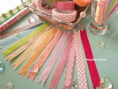 wrapping tie with WASHI tape Diy And Crafts, Arts And Crafts, Paper Crafts, Washi Tape Crafts, Bazaar Ideas, Diy Accessories, Masking Tape, Craft Work, Ribbon Bows