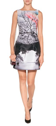 An artful photo print lends an exquisitely modern look to this sculpted sheath from Mary Katrantzou #Stylebop