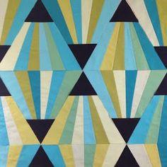 A Few Scraps: The Magic Triangle Block tutorial
