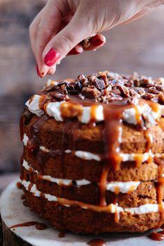 Dýňový dort skaramelem aperníkovým kořením - Proženy How Sweet Eats, No Bake Cake, Waffles, Cheesecake, Food And Drink, Pie, Treats, Baking, Breakfast