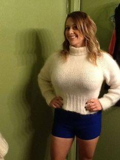 Women Sweaters Busty Wearing