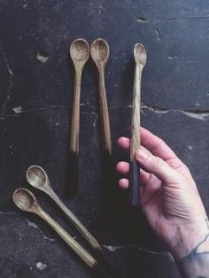 A small-headed, long-handled spoon, that has been handcrafted - using traditional tools and techniques, with a piece of locally foraged walnut wood. Wood Carving Tools, Wood Tools, Wooden Workshops, Carved Spoons, Wood Spoon, Bone Carving, Whittling, Wood Sculpture, Wooden Diy