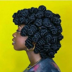 haar knot Glamorous Bantu Knot Out Hairstyles for the Black Women Dreadlock Styles, Dreads Styles, Curly Hair Styles, Natural Hair Styles, Bantu Knot Hairstyles, Dreadlock Hairstyles, Diy Hairstyles, Glamorous Hairstyles, Choppy Hairstyles