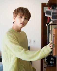 """304 Me gusta, 2 comentarios - YOON JEONGHAN  (@jeonghan_update) en Instagram: """". . . . . ©Aswatermarked #yoonjeonghan #jeonghan #seventeen #정한 #scoups #mingyu #vernon #wonwoo…"""""""