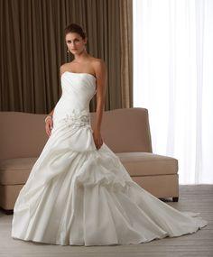 Fresh Strapless Wedding Gown with A-line Drape Hemline