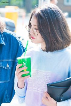 Jeon Somi, Rhythm And Blues, Music People, Popular Music, Girl Group, Cool Girl, Look, Singer, Celebrities