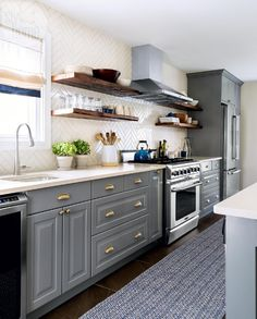 Character-filled cooking space {PHOTO: Donna Griffith}