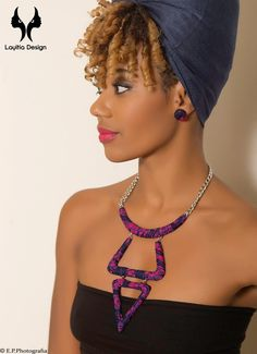 Collier aux formes géométrique en wax rose par Layitia-design pour Afrikrea. https://www.afrikrea.com/article/collier-tari-pinky-sautoirs-et-colliers-longs-rose-metal-wax/TSVEWAJ?utm_content=buffer822fd&utm_medium=social&utm_source=pinterest.com&utm_campaign=buffer