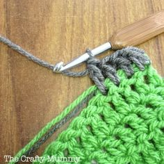 Crochet tutorial: How to Change Colours without weaving in any ends!!
