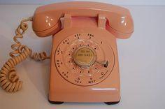 Vintage Pink Rotary Dial Phone, table or desk phone, Western Electric pink table,desk rotary telepho Vintage Office, Vintage Kitchen Decor, Vintage Decor, 1950s Decor, Phone Table, Table Desk, Farmhouse Kitchen Scales, Pink Desk, Color Schemes Design