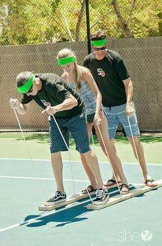 5 summer relay games for family reunions. fun games 5 summer relay games for family reunions Family Reunion Games, Family Games, Family Reunions, Family Outdoor Games, Family Picnic Games, Outdoor Summer Games, Summer Party Games, Summer Camp Games, Outdoor Teen Games