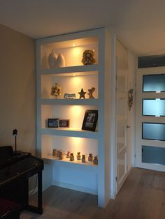 Built In Shelves, Built Ins, Flat Interior, Interior Design, Niche Design, Lets Stay Home, Scandinavian Interior, Home And Living, Living Room Designs