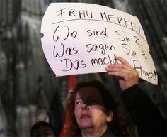 Меркелова наводно запрепашћена сексуалним нападима мигрантских банди на Немице у Келну  БЕРЛИН – Немачка канцеларка Ангела Меркел изразила је данас запрепашћење због низа сексуалних напада у Келну у новогодишњој ноћи и истакла да починиоце треба открити што
