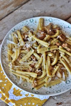 Pasta salsiccia e funghi