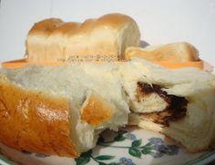 Jen's Corner: Roti Sobek Nutella Hot Dog Buns, Nutella, Bread, Cheese, Cake, Corner, Food, Hokkaido, Brot
