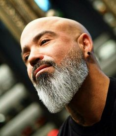 Best Beard Styles: Shaved Head With Beard – 90 Beard Styles For Bald Men. Bald Men With Beards, Black Men Beards, Bald With Beard, Long Beards, Long Beard Styles, Beard Styles For Men, Grey Hair And Beard Styles, Viking Beard Styles, Hair Styles
