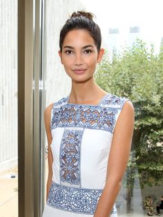 Lily Aldridge's Best Fashion Week Beauty Moments: Finding Range in a Signature Look – Vogue