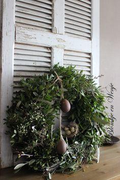 krans kranz corona wreath spring voorjaar stoer sober landelijk