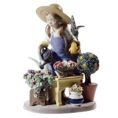 Lladro Porcelain Figurine In My Garden ❤