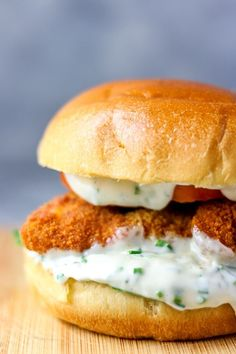 Fish Burger with Chips Delicious Crispy Fish Burger. A perfect family mealDelicious Crispy Fish Burger. A perfect family meal Fish And Chips, Burger And Chips, Burger Recipes, Fish Recipes, Seafood Recipes, Cooking Recipes, Seafood Dishes, Fish Burger, Fish Sandwich