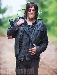 'Walking Dead' Season 5: First Look Photos Peeks at Daryl, Rick, newcomer Father Gabriel Stokes, Gareth, Bob Stookey, Carol, and Tyreese