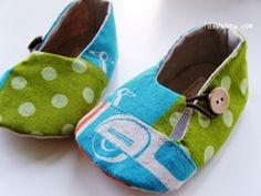 pattern for baby shoes is at ithinksew.com.