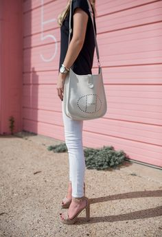 A few of my favorite go to essentials are my nude platform heels, this super soft black tee and rag and bone skinny jeans. Hermes Evelyn Bag, Hermes Purse, Hermes Bags, Hermes Handbags, Hermes Birkin, Birkin Bags, Chanel Outfit, Diva Fashion, Trends