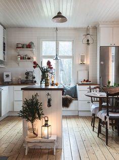 Scandinavian Cottage, Swedish Cottage, Swedish Decor, Swedish Farmhouse, Swedish Style, Swedish Kitchen, Kitchen Black, Swedish House, Cozy Cottage