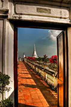 ✮ Doorway at the Phra Nakhon Khiri Temple - Thailand