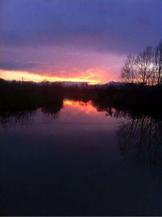 @mogliedaunavita: #TheGreatBeauty in Italy is everywhere. Romagna sunset #ITisME