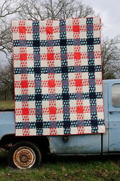 Double G Picnic | A gingham-inspired quilt, featuring Melody… | Flickr