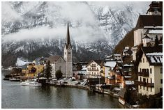 View on Hallstatt, Austria, in Winter. Austrian Village, Cloudy Weather, Elopement Ideas, Before Sunrise, Stay The Night, Mountain View, World Heritage Sites, Photo Sessions, Engagement Photos