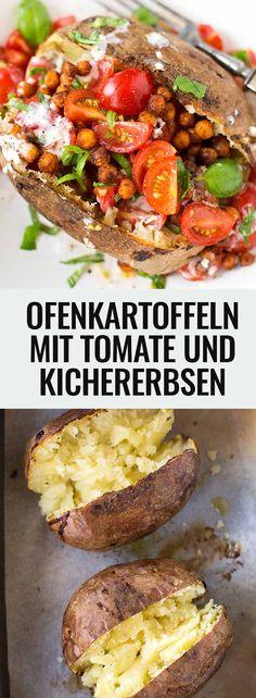 Super einfache und leckere Ofenkartoffeln gefüllt mit Tomaten und Kichererbsen - Kochkarussell.com