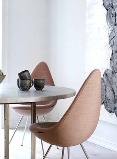 Kjærholm table and The Drop Chair by Fritz Hansen