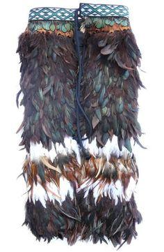 This beautiful handmade Maori Feather Korowai Cloak , or kahu huruhuru, is made for a baby child. Flax Weaving, Weaving Art, Polynesian People, Maori Patterns, International Craft, Long White Cloud, Maori Designs, Maori Art, Kiwiana