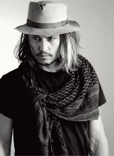 Johnny Depp. Scarf. Hat.