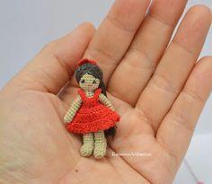 amigurumi crochet doll: Crocheting miniature girl doll with sewing thread