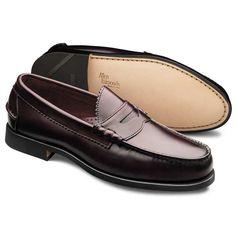 Guia: Penny-Loafers  #moda #modamasculina #modaparahomens #pennyloafers #loafers #sapatos #calçados #ondecomprar #menswear #allenedmonds