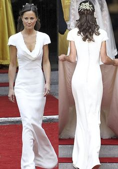 Yes the dress is amazing but I also love the gypsophila in pippa's hair
