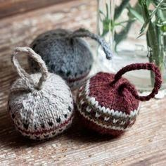 Knitted Christmas Bobbles